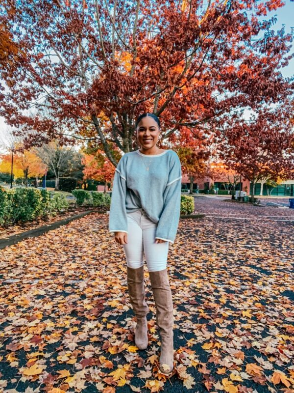 light gray sweater outfit ideas